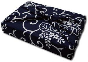 ふろしき三巾包み